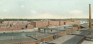 375px-Amoskeag_Manufacturing_Co.,_Panorama_Downriver